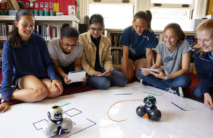 programmation du Robot Cue festival Urbanika